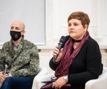 Олена Либо та Віктор Рубан, експерт