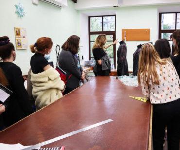 Семінар «Театральний костюм: від ідеї до реалізації». Екскурсія Національною оперетою України. Травень 2021